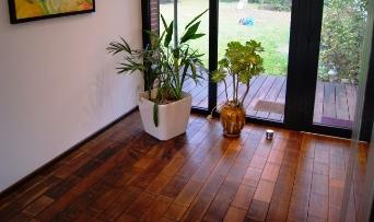 Flooring & wallcoverings